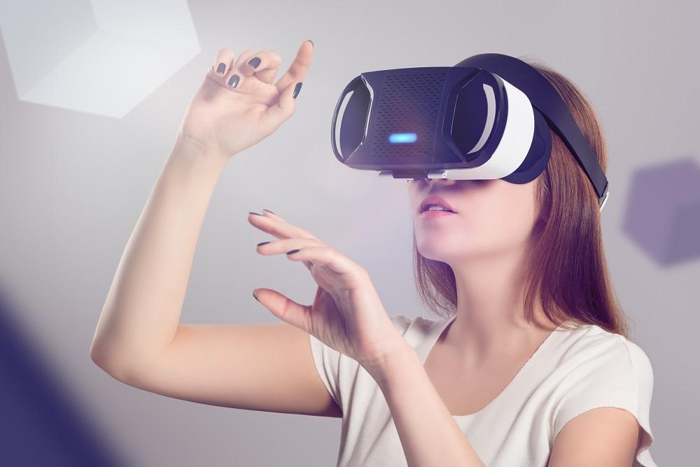 VR(バーチャルリアリティ)で難民キャンプの様子を体験してみませんか?